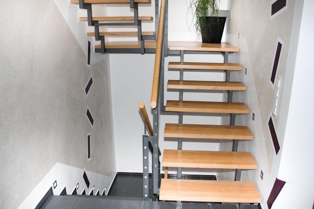 das treppenhaus ist h ufig der erste eindruck eines geb udes. Black Bedroom Furniture Sets. Home Design Ideas