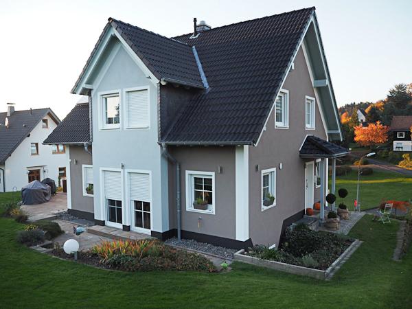 Fassade Fassadenanstrich Fassadendämmung Wdvs Holzschutz